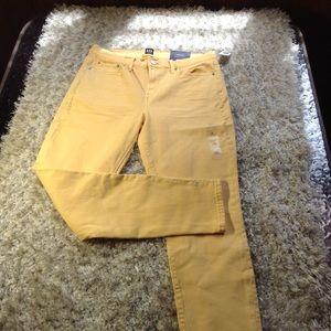 NWT Gap Skinny Jeans Size 29